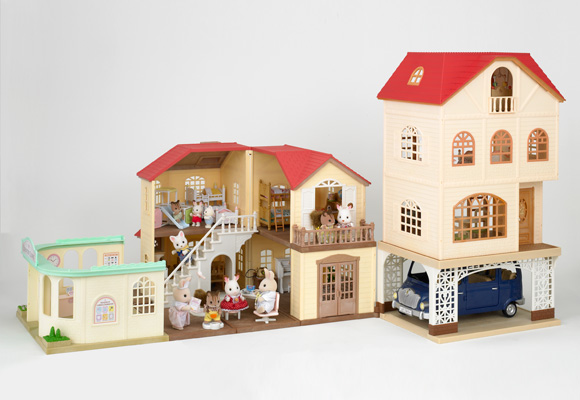 https://cdn2.sylvanianfamilies.com/includes_gl/img/catalog/connect/sylvanian/3kai_carport_oishasan.jpg