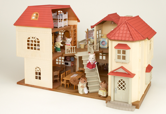 https://cdn2.sylvanianfamilies.com/includes_gl/img/catalog/connect/sylvanian/akari_3kai.jpg