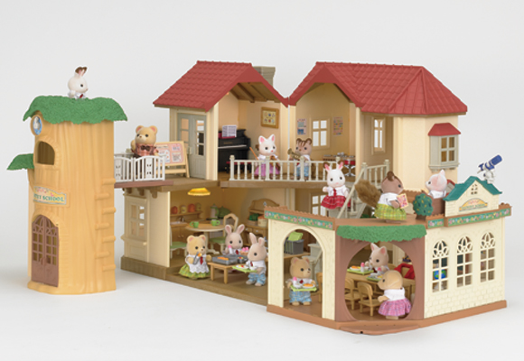 https://cdn2.sylvanianfamilies.com/includes_gl/img/catalog/connect/sylvanian/akari_school.jpg