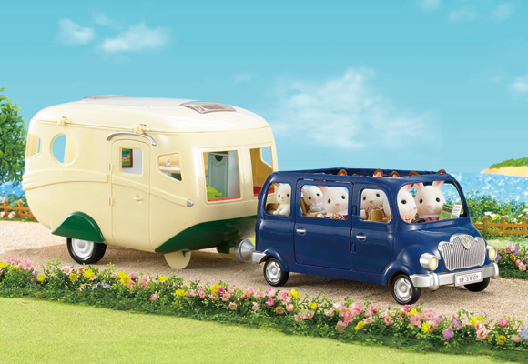 https://cdn2.sylvanianfamilies.com/includes_gl/img/catalog/connect/sylvanian/bluebell_caravan.jpg