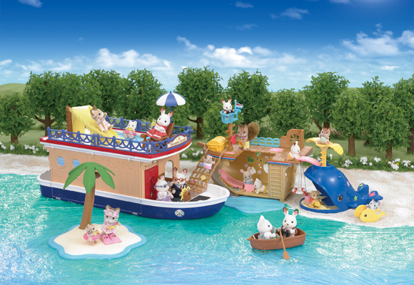 https://cdn2.sylvanianfamilies.com/includes_gl/img/catalog/connect/sylvanian/cruiseboat_seasideboat+slide.jpg