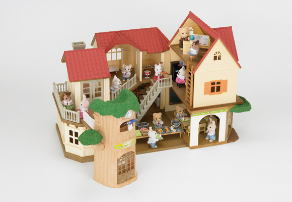 https://cdn2.sylvanianfamilies.com/includes_gl/img/catalog/connect/sylvanian/hazimete_akari_school.jpg