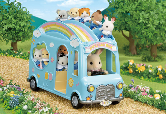 https://cdn2.sylvanianfamilies.com/includes_gl/img/catalog/connect/sylvanian/nursery_bus.jpg