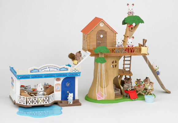 https://cdn2.sylvanianfamilies.com/includes_gl/img/catalog/connect/sylvanian/restaurant_treehouse.jpg