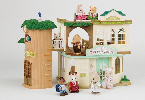 https://cdn2.sylvanianfamilies.com/includes_gl/img/catalog/connect/sylvanian/school_oishasan.jpg