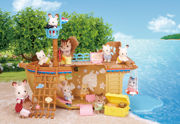 https://cdn2.sylvanianfamilies.com/includes_gl/img/catalog/connect/sylvanian/seasideboat.jpg