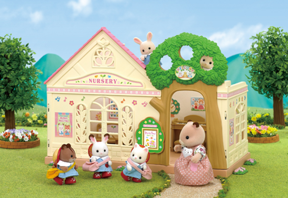 https://cdn2.sylvanianfamilies.com/includes_gl/img/catalog/connect/sylvanian/youchien.jpg