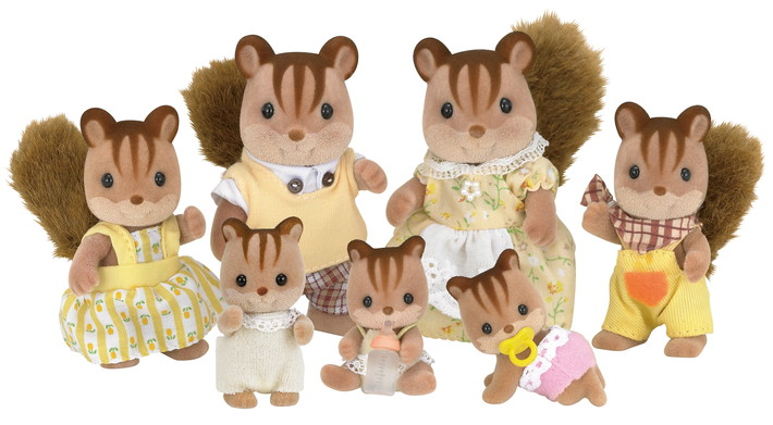 Hazelnut Chipmunk Family - 6