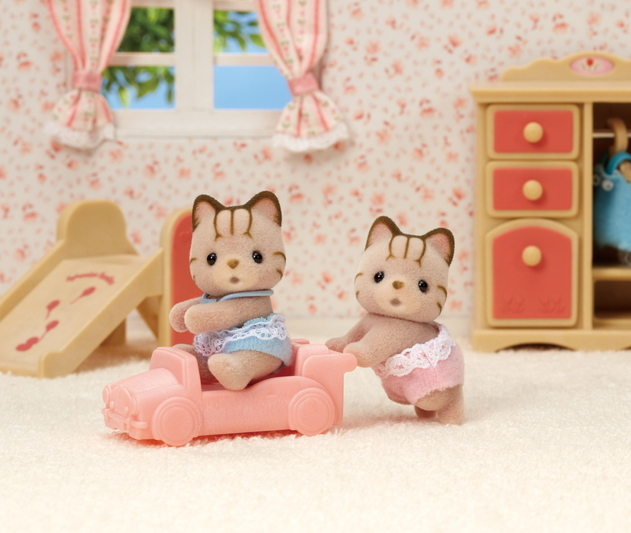 Striped Cat Twins - 4