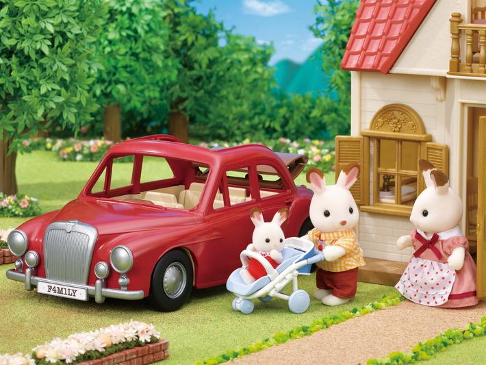 Family Cruising Car - 8