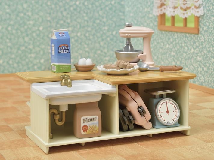 Kitchen Island - 8