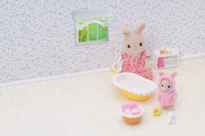 Bathtime for Baby - 8