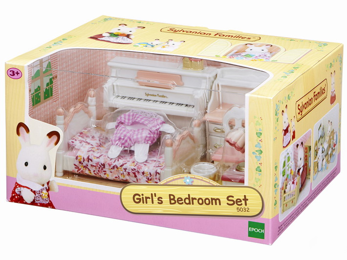 Girl's Bedroom Set - 4