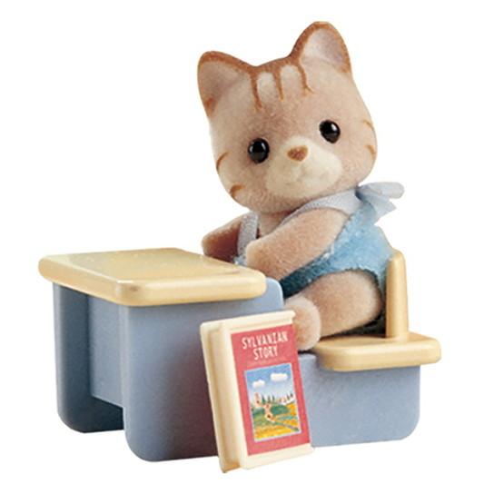 Малыш котенок за партой - 3